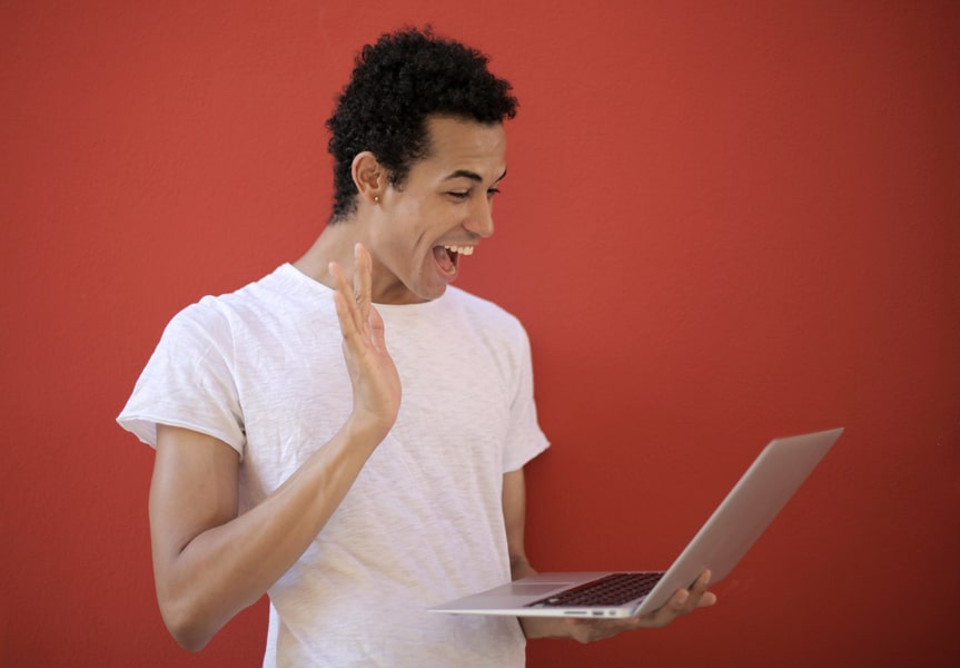 Finding Gay Friends Online